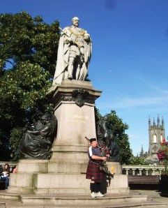 Granite statue of King Edward VII