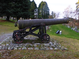canon at the Hector Macdonald memorial Dingwall