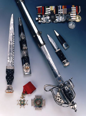 Hector Macdonald's weapons and medals