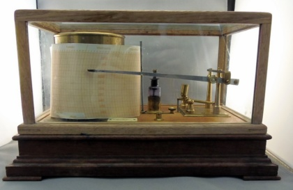 Berry and Mackay barograph