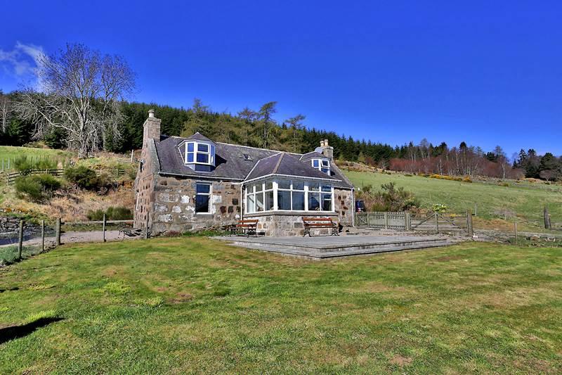 Bithie cottage.jpg