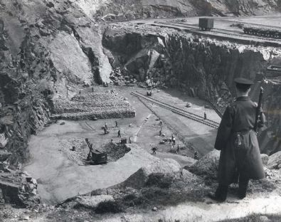 Prisoners-from-Peterhead-Prison-at-work-in-Stirlinghill-Quarry-1959