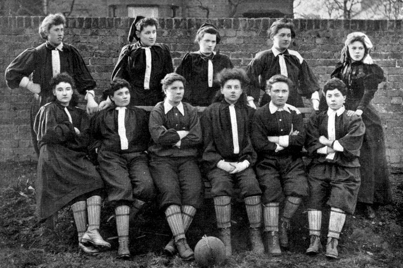 1895 scotland team - Copy